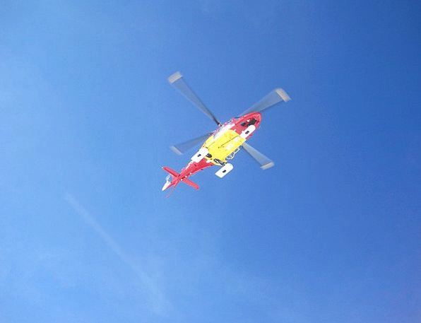 helicopter-airplane-mountain-rescue-rescue-free-im-6311